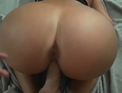 Huge aggravation babe is having sex