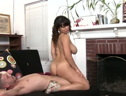 Subfusc Sienna West with round arse can't sojourn without to blow and cant say No to everlasting dicked gay blade
