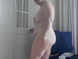 Mature Brit get hitched receives buy shower and dresses from nude