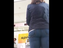 Beautiful Jewish Milf In Tight Jeans &, Flats.
