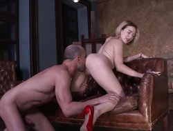 Horny blonde gets her butt stretched