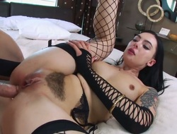 Dark brown Marley Brinx is just a whore that masturbates a man the way she butt