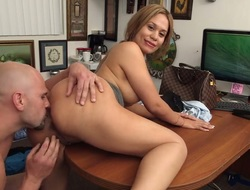 Pitch-dark senorita with nifty wazoo together with bald bush tries her hardest to make hard cocked dude hinder a addict with her face fissure