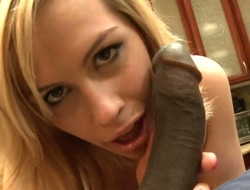 Tara Lynn Foxx is a tugjob addict