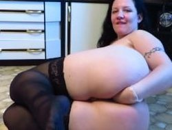 anal fisting and dildo in ass for mature milf!