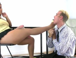 Gals hoe lovers anal hole with giant belt dicks and squirt juice