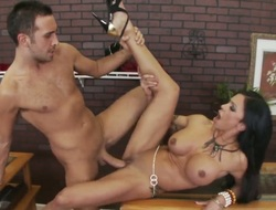 Keiran Lee cant wave any more to put his rod in unbelievably down in the mouth Jewels Jades backdoor